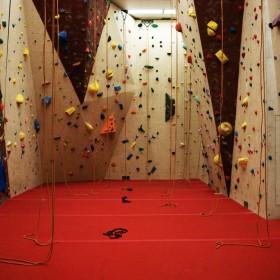 OVERhang Climbing Gym