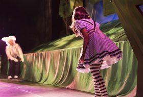 Theatre Northwest Alice in Wonderland production