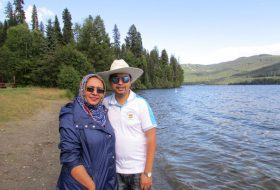 Shumaiya and her husband at the lake