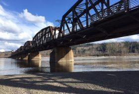 Train bridge at Cottonwood Island Park