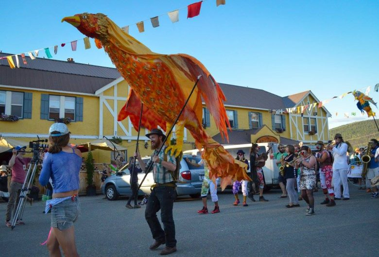 ArtsWells parade down Main Street