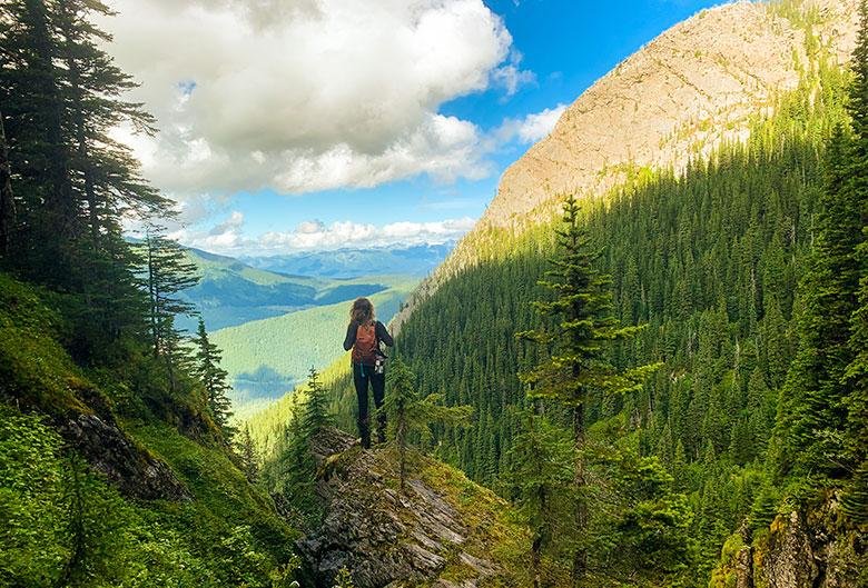 Woman on Fang Mountain